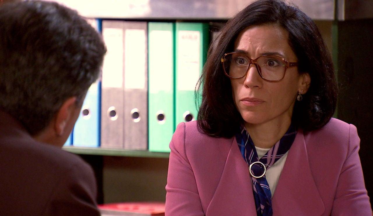 Manolita se estremece con la confesión de Ismael sobre su paso por la cárcel