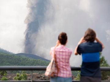 El sector turístico preocupado por el volcán