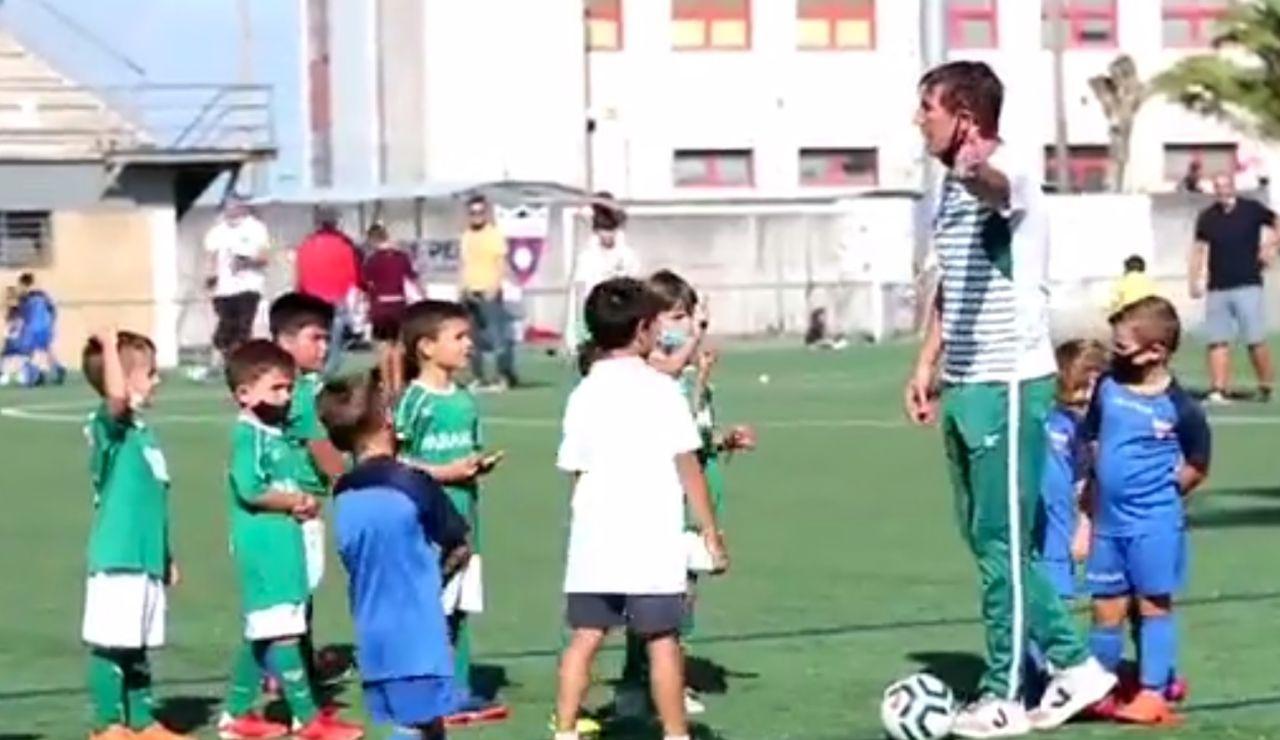 El gesto de deportividad del Coruxo FC ante un penalti que no era ante el Rápido de Pereiró
