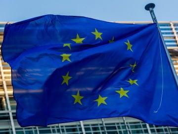 La Comisión Europea  firma un preacuerdo con Eli Lilly para la compra de un tratamiento contra el Covid-19