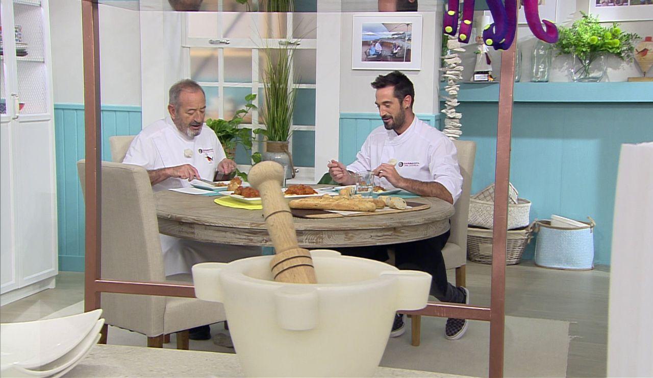 Karlos Arguiñano y su hijo Joseba ¡se sientan a comer al final del programa!