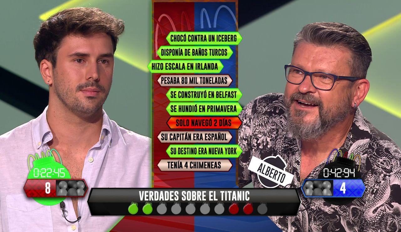"""Alberto presagia su futuro al escoger el tema de las preguntas: """"Hundidos"""""""