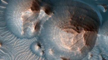Cráteres volcánicos en la región de Arabia Terra, en Marte..