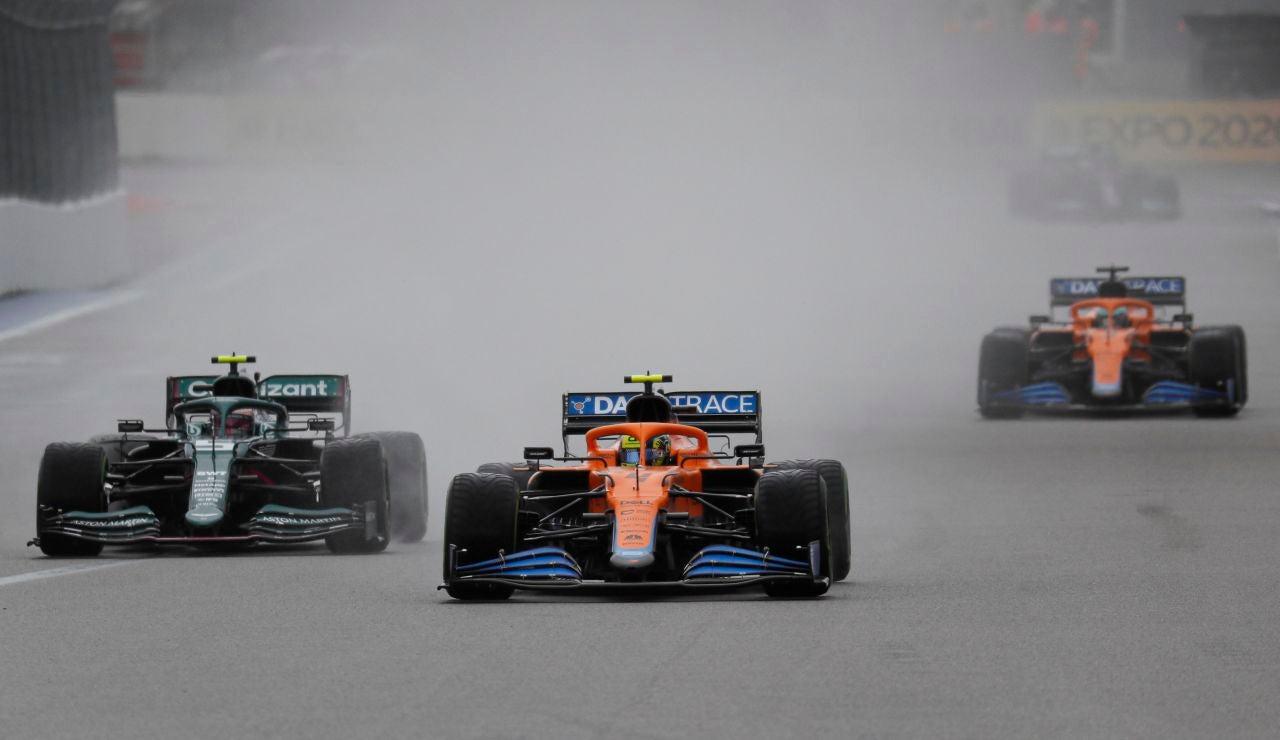 Pole de Norris en el GP de Sochi con Sainz 2º, Hamilton 4º y Alonso 6º