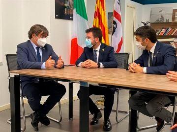 """Pere Aragonès apoya a Carles Puigdemont en Cerdeña: """"La represión continúa y la única solución es la amnistía"""""""