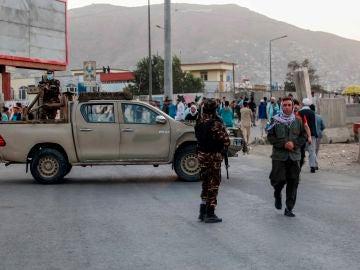 Al menos 12 muertos y 32 heridos en un atentado contra la segunda mezquita más grande de Kabul