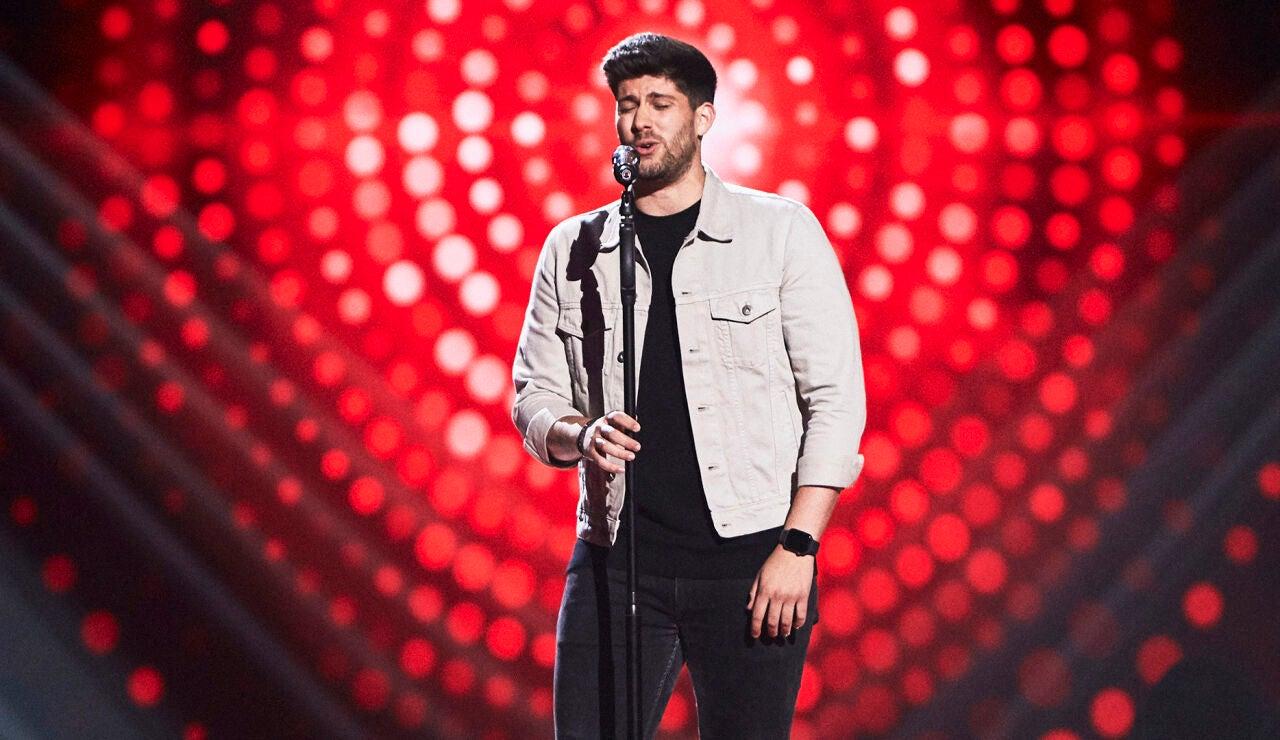 Marc Figols canta 'The man who can't be moved' en las Audiciones a ciegas de 'La Voz'