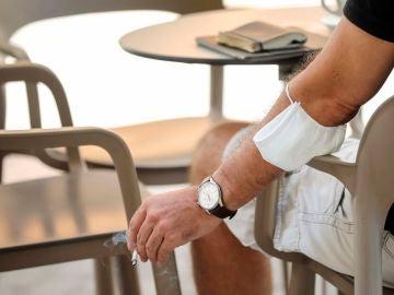 Sanidad planea prohibir definitivamente en terrazas