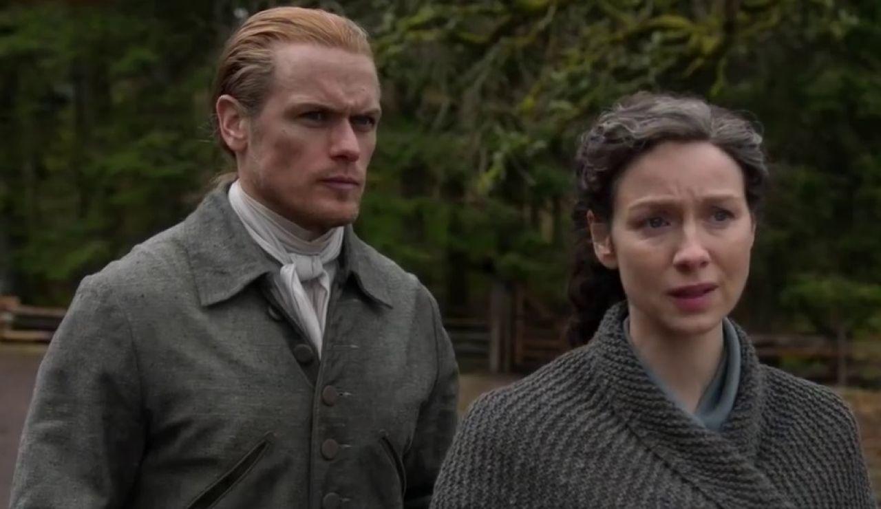 Sam Heughan y Caitriona Balfe como Jamie y Claire Fraser en la temporada 6 de 'Outlander'