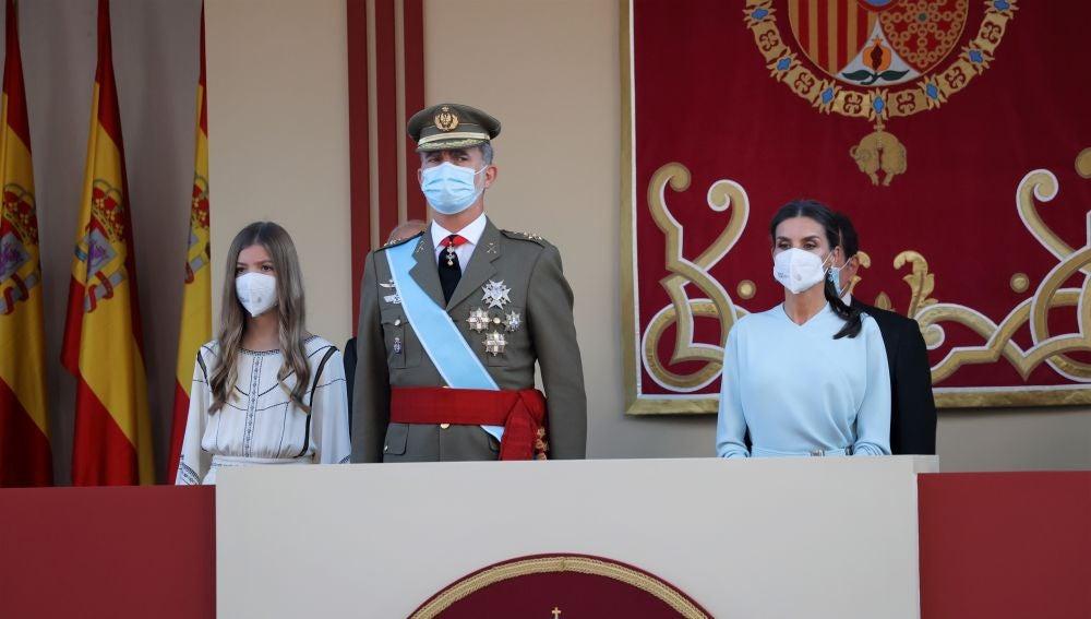 El rey Felipe, la reina Letizia y la infanta Sofía en el Día de la Hispanidad