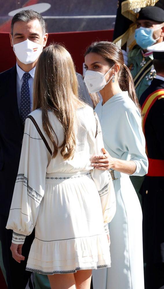 La infanta Sofía y la reina Letizia en el Día de la Hispanidad de 2021