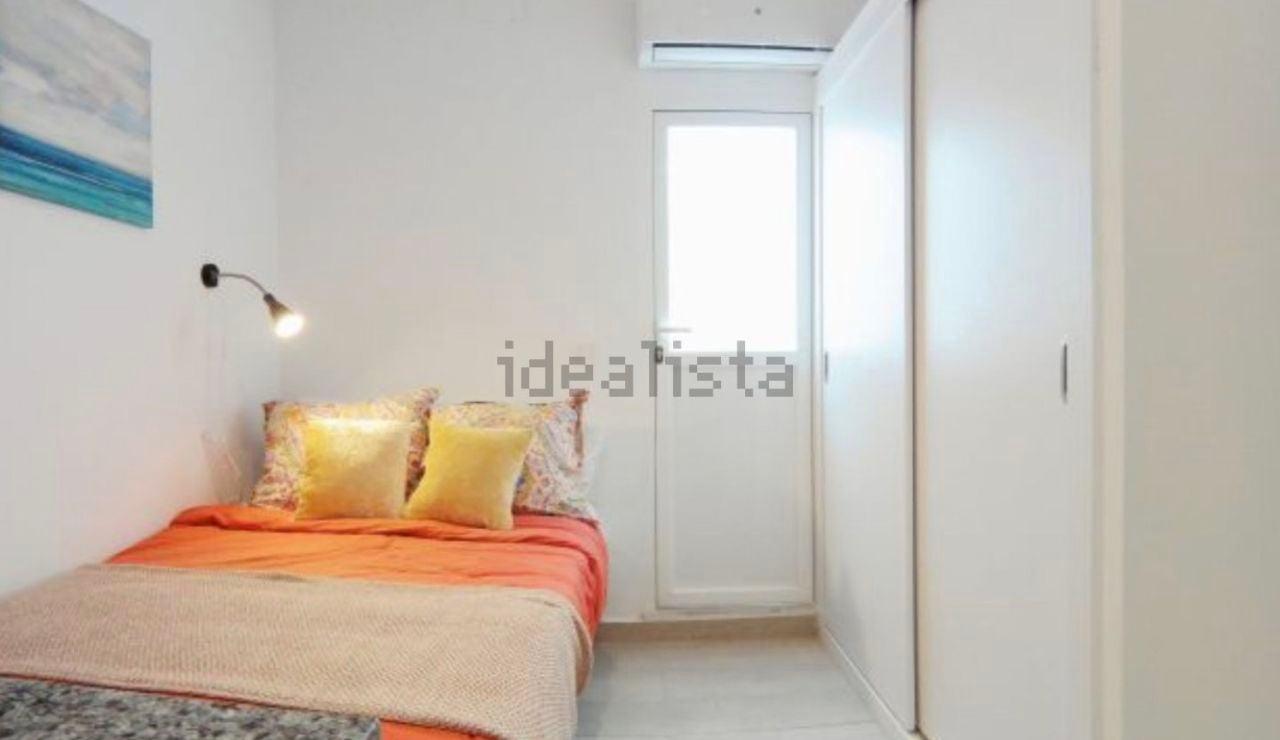 El sorprendente nuevo anuncio de Idealista, un piso que tiene vistas a la cocina desde la cama