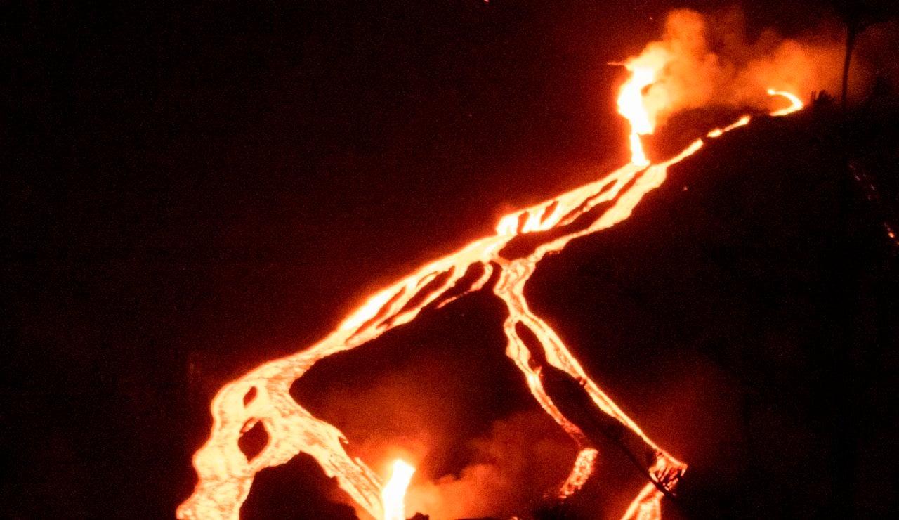 Localizan una nueva colada en la zona sur del volcán de La Palma