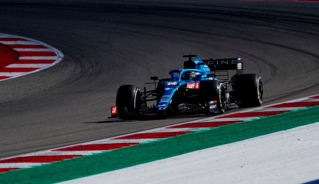 """Fernando Alonso se queja de los cambios de criterio de la FIA: """"Fueron tres incidentes iguales"""""""