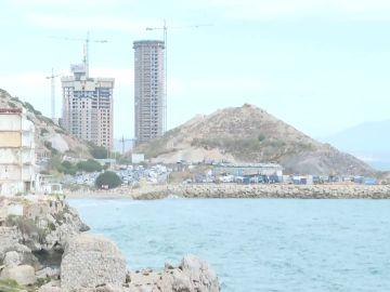Gibraltar edificará edificios en un terreno ganado al mar que reclama España