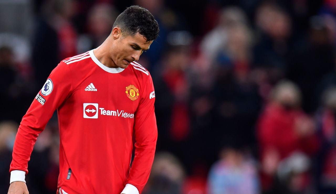 Cristiano Ronaldo se lamenta en el partido ante el Liverpool