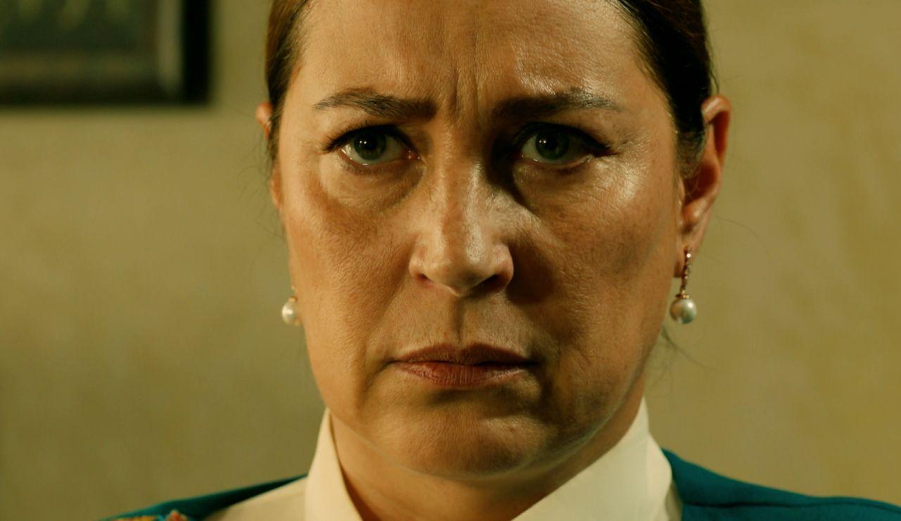 """La verdad sale a la luz: """"Me casé contigo para salvar a Yilmaz"""""""