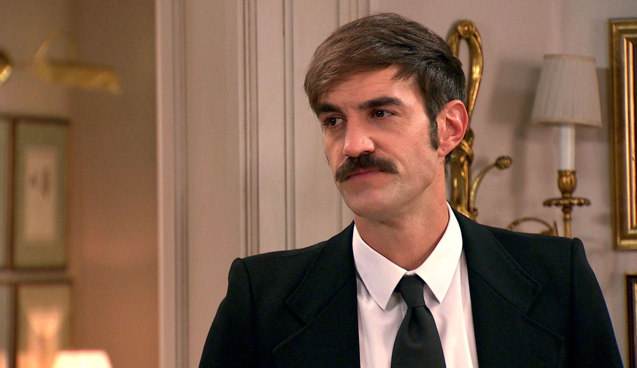 Raúl recibe la ayuda envenenada de Uriarte ante la tensa mirada de Carmen, ¿descubrirá que es su padre biológico?