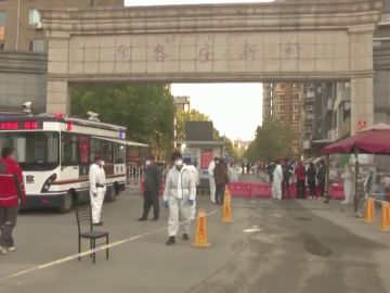 China confina a una ciudad de cuatro millones de personas por seis positivos en coronavirus