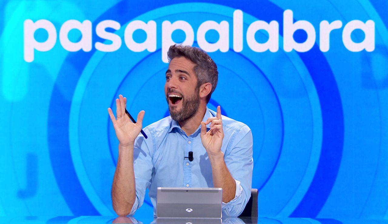 Roberto Leal, a punto de expulsar a Cristina Alcázar por hacer trampas en 'Pasapalabra'