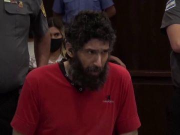 Desalojan del juicio en Argentina al 'hombre gato' por maullar