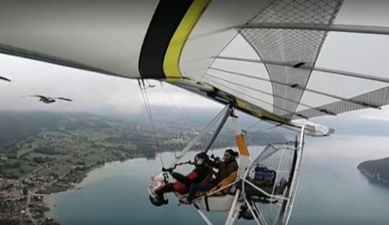 Nathalie Maniglier cumple su sueño de volar en ultraligero con sus gansos antes de quedarse ciega