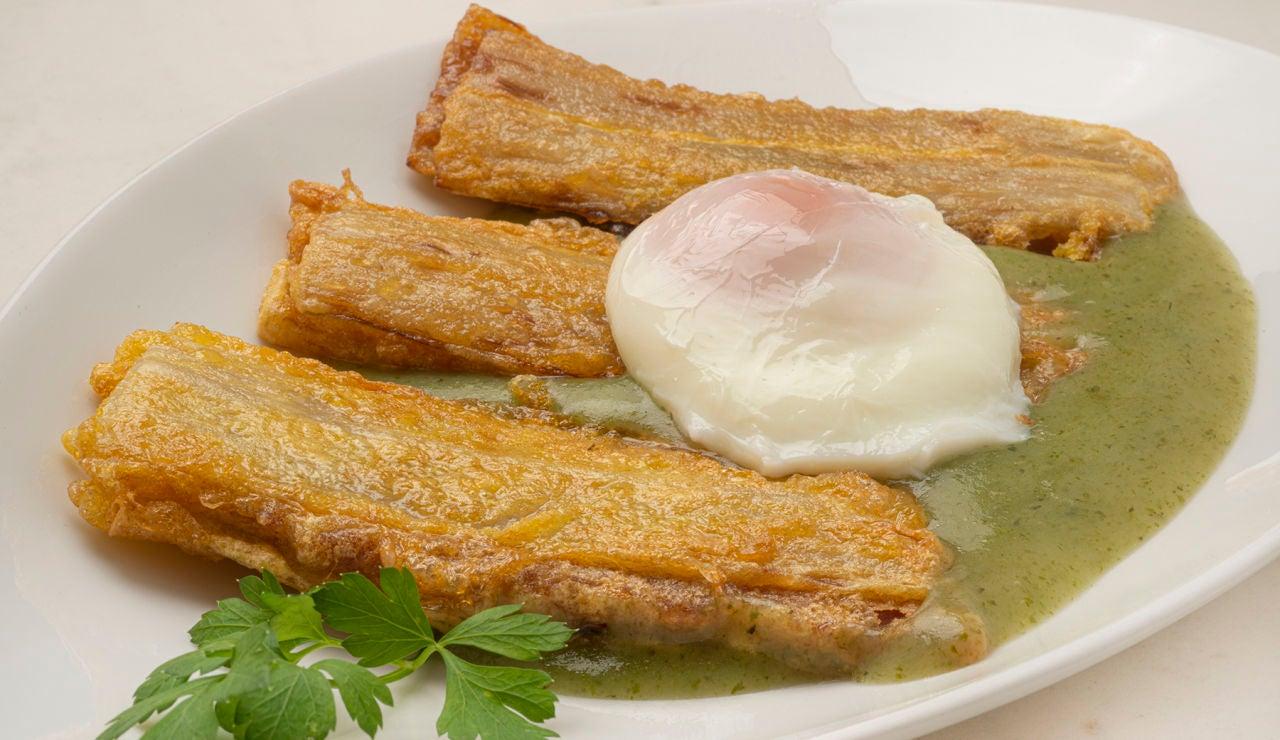Receta de pencas rellenas con puré de patata y huevo, de Karlos Arguiñano