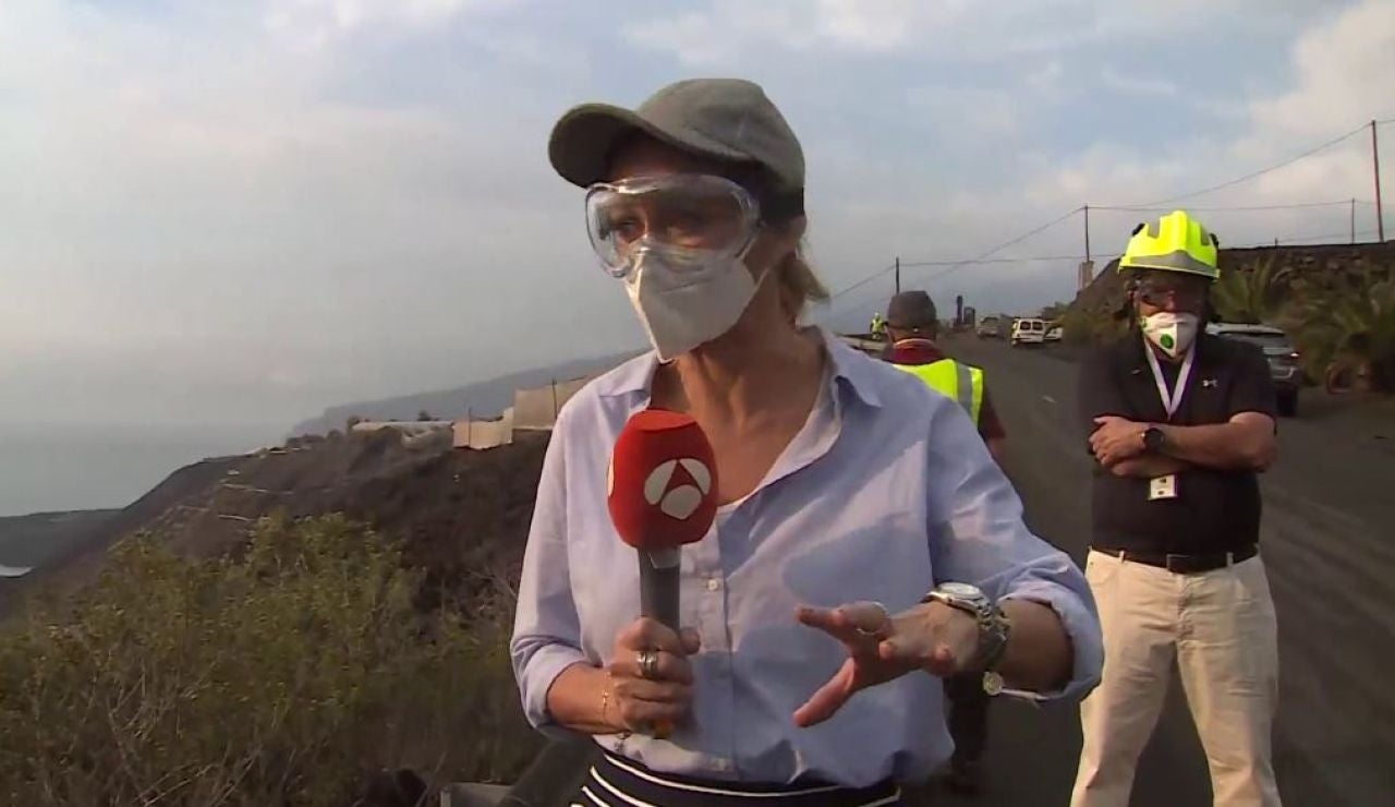Espejo Público entra en la zona de exclusión del volcán.