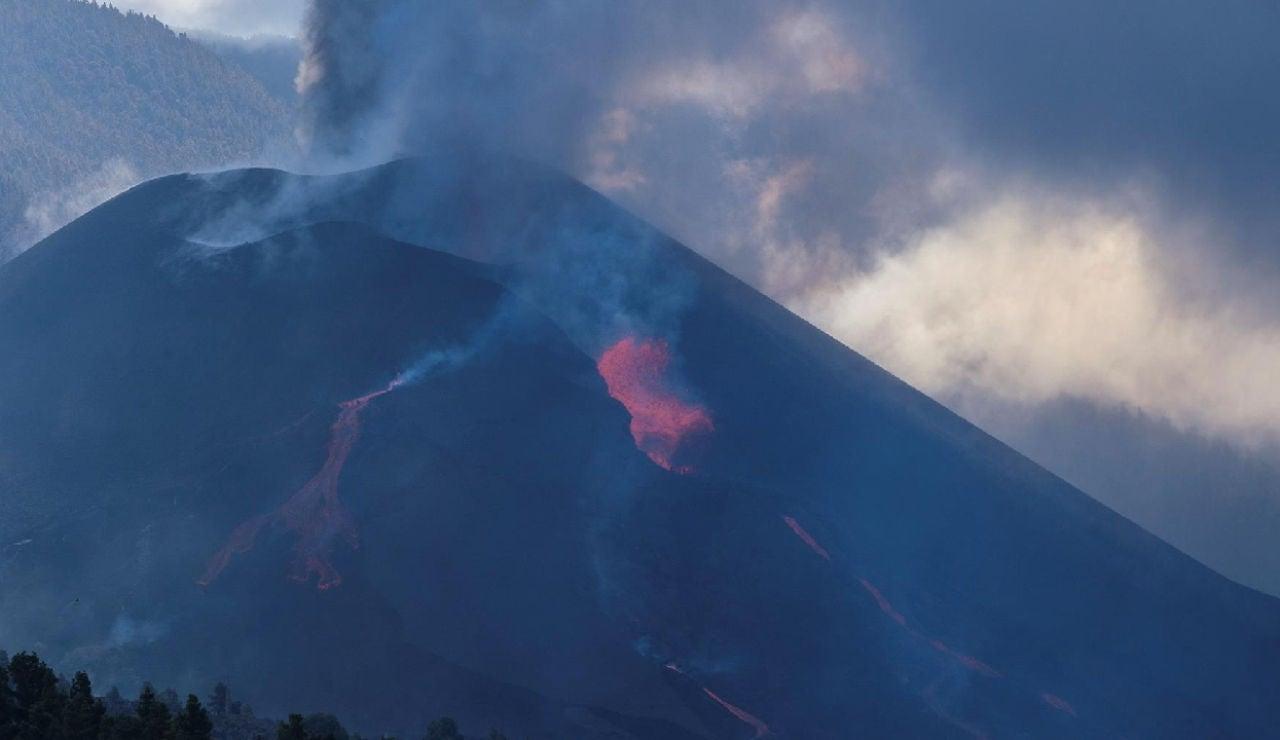 La lava del volcán de La Palma puede llegar a la fajana de nuevo